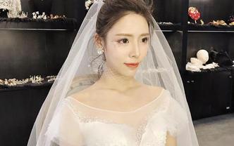 [最佳搭配]高端奢华拖尾主纱+手工裙褂+跟妆