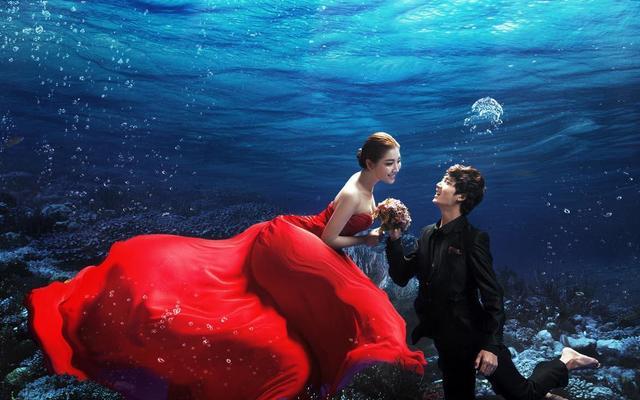 浪漫水下美人鱼 /当季必拍