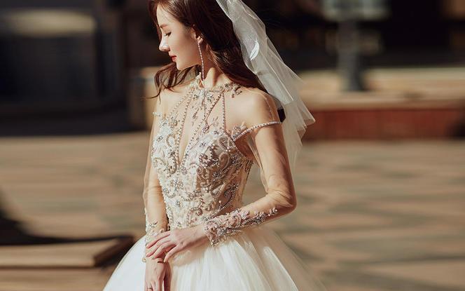 艾米丽超值特惠 婚纱礼服租赁套餐