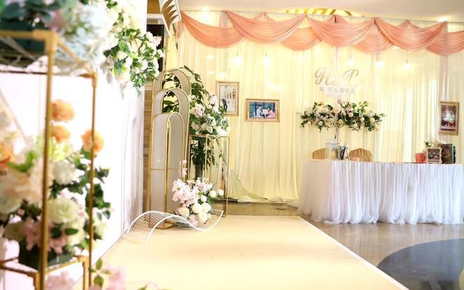 【不限主题】布置+四大+鲜花+婚纱礼服+灯光