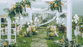 【春夏上新】户外婚礼白绿色主题+四大金刚