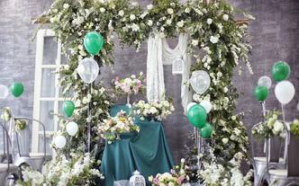 森林风婚礼布置/婚庆花艺布置