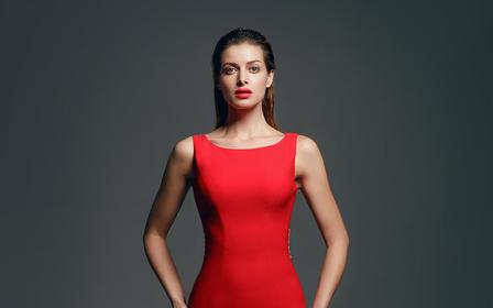 【AK婚纱】整体简约大气的贵族红礼服,贴身剪裁优