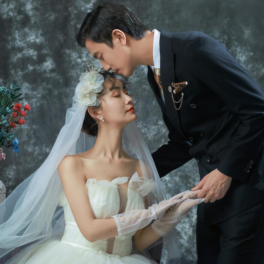 【宾阳婚纱照】6套服装+90张照片全送+相册相框