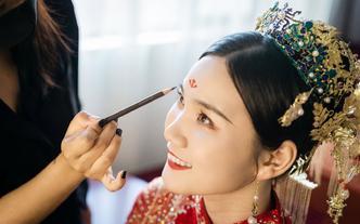 资深档化妆师当天全程婚礼跟妆