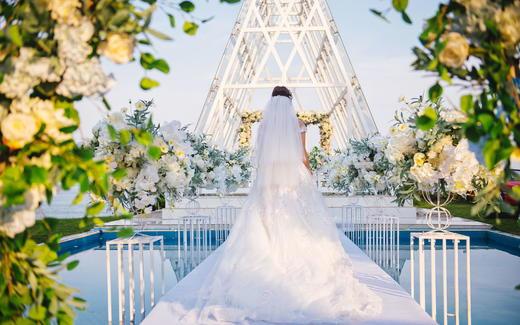 三亚户外「海边礼堂」婚礼