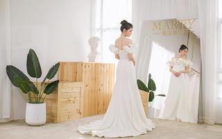 MARRY曼瑞婚纱礼服定制馆