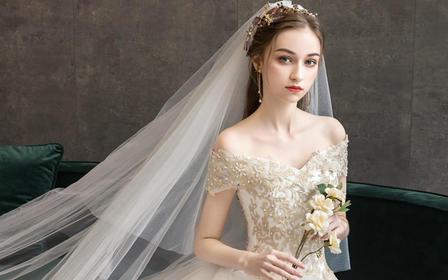 轻婚纱2019新款新娘女一字肩公主显瘦森系长拖尾