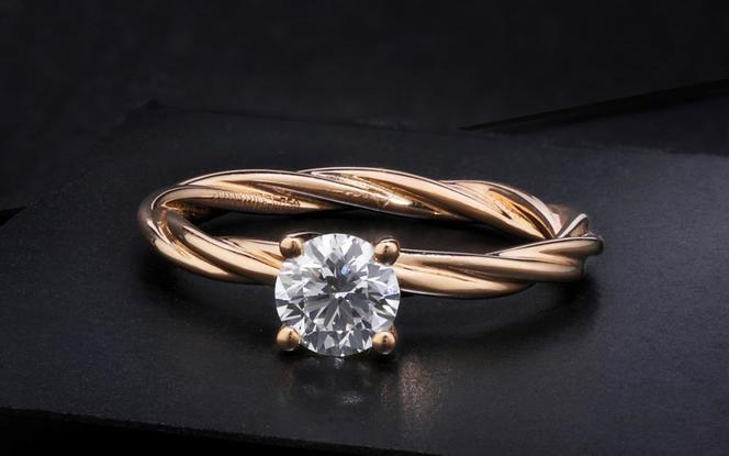 梵尼洛芙-织梦 扭臂独钻设计款求婚结婚钻戒