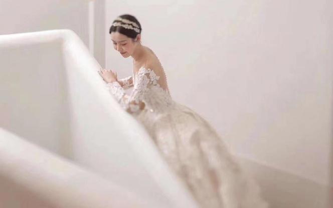 【雅诗•妮菲娅】主纱+礼服+秀禾+伴娘伴郎服