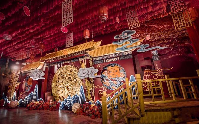 新中式 凤冠霞帔 琴瑟在御 鸾凤和鸣