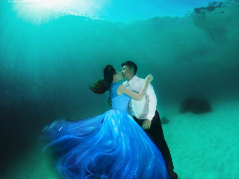 秋季特惠Hipo仙本那水下婚纱摄影