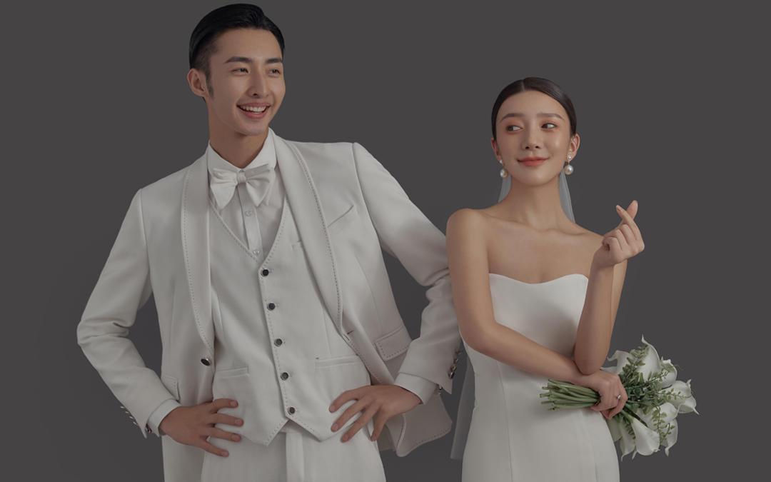 样片老师拍摄+私人定制婚纱照+5服5造+底片全送