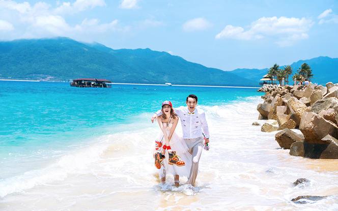 三亚潮拍-海景酒店+游艇+免费接机