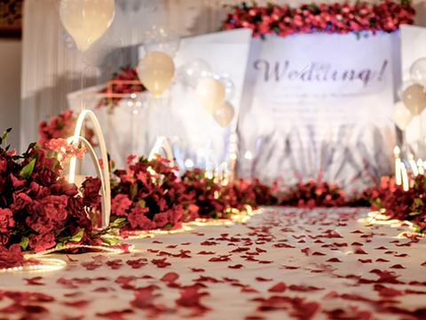 古摄影红绣球婚礼定制---白红色婚礼