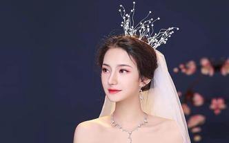 千姑娘美妆工作室新娘全天跟妆总监档包含婚纱头饰