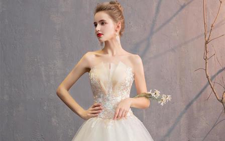婚纱礼服2019新款森系法式抹胸新娘女显瘦简约款