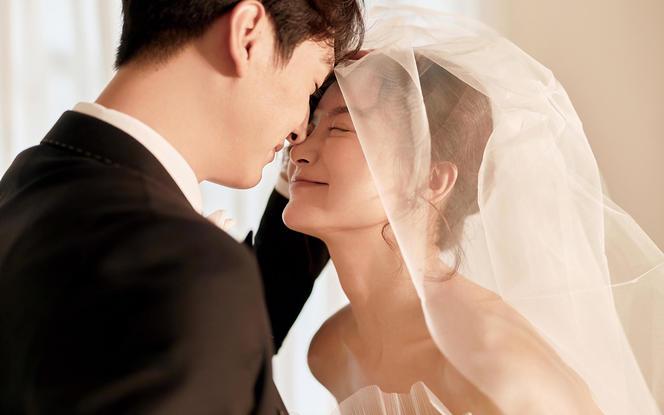 总监团队·简约韩式婚纱照 预约立减2000