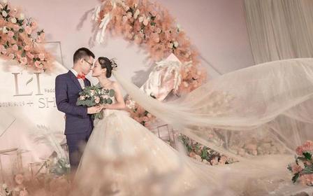 夏天尾巴的风 | 室内粉色淡雅婚礼
