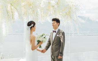 【卡罗婚礼】天空之镜水台婚礼,大理小型婚礼之选