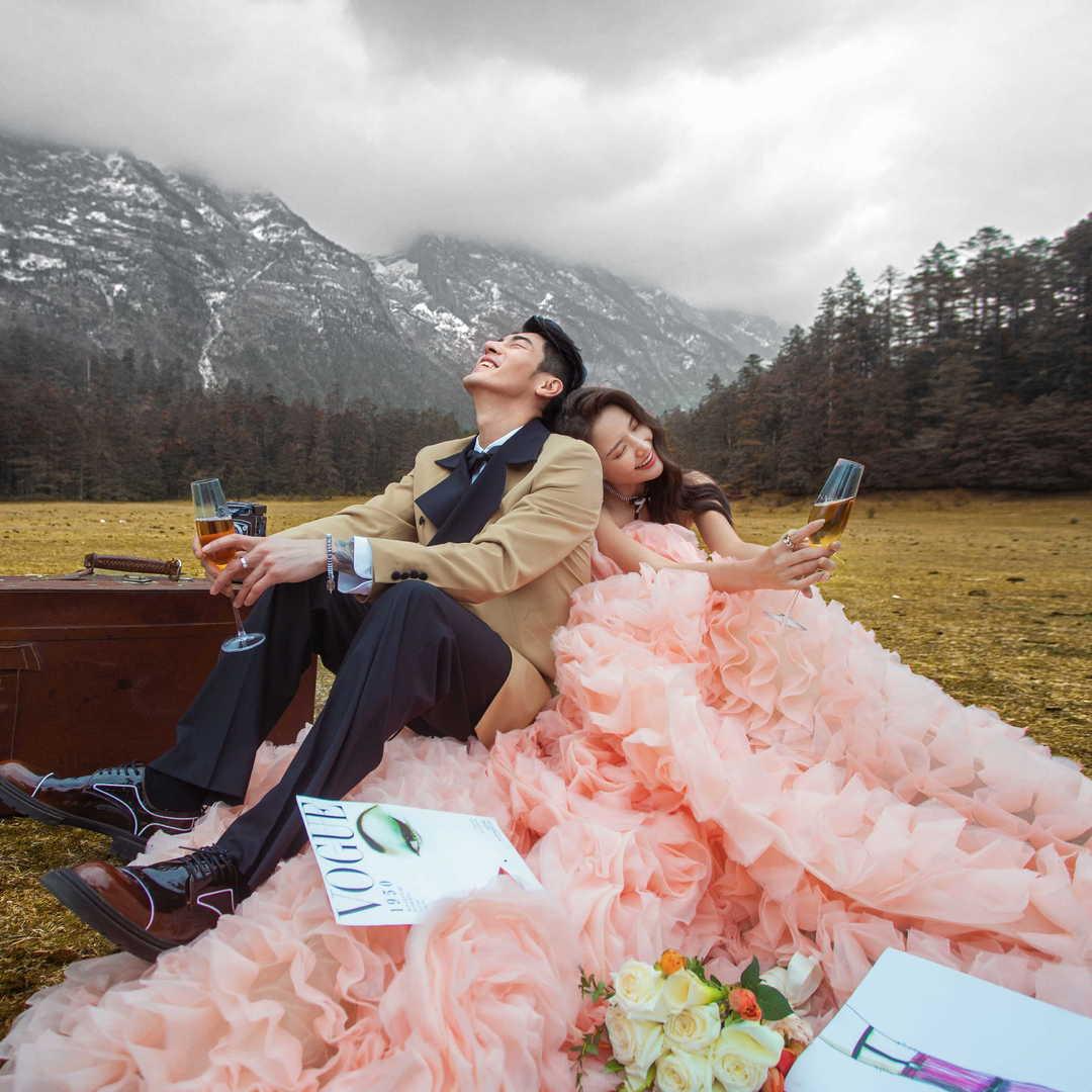 【城市旅拍】婚纱照12造12服+私人定制专属