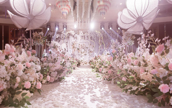 【今与宴会设计】香槟粉色撞色创意婚礼 送首席四大