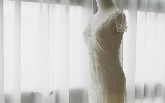 【雲上婚纱】进口品牌小型婚礼复古钉珠婚纱五件套