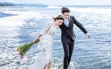 爱旅拍巴厘岛•客照欣赏•蓝天大海•李&高