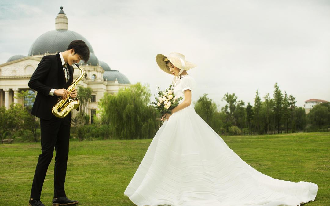 一价全包+订单送万元婚嫁礼包+双城拍摄+人气爆款