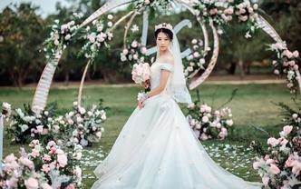海口户外草坪婚礼甜美小清新婚礼布置
