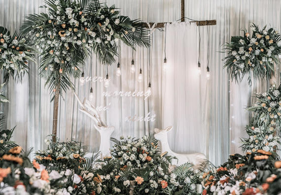 全套布置+四大+鲜花+婚纱礼服【一路有你婚礼策划