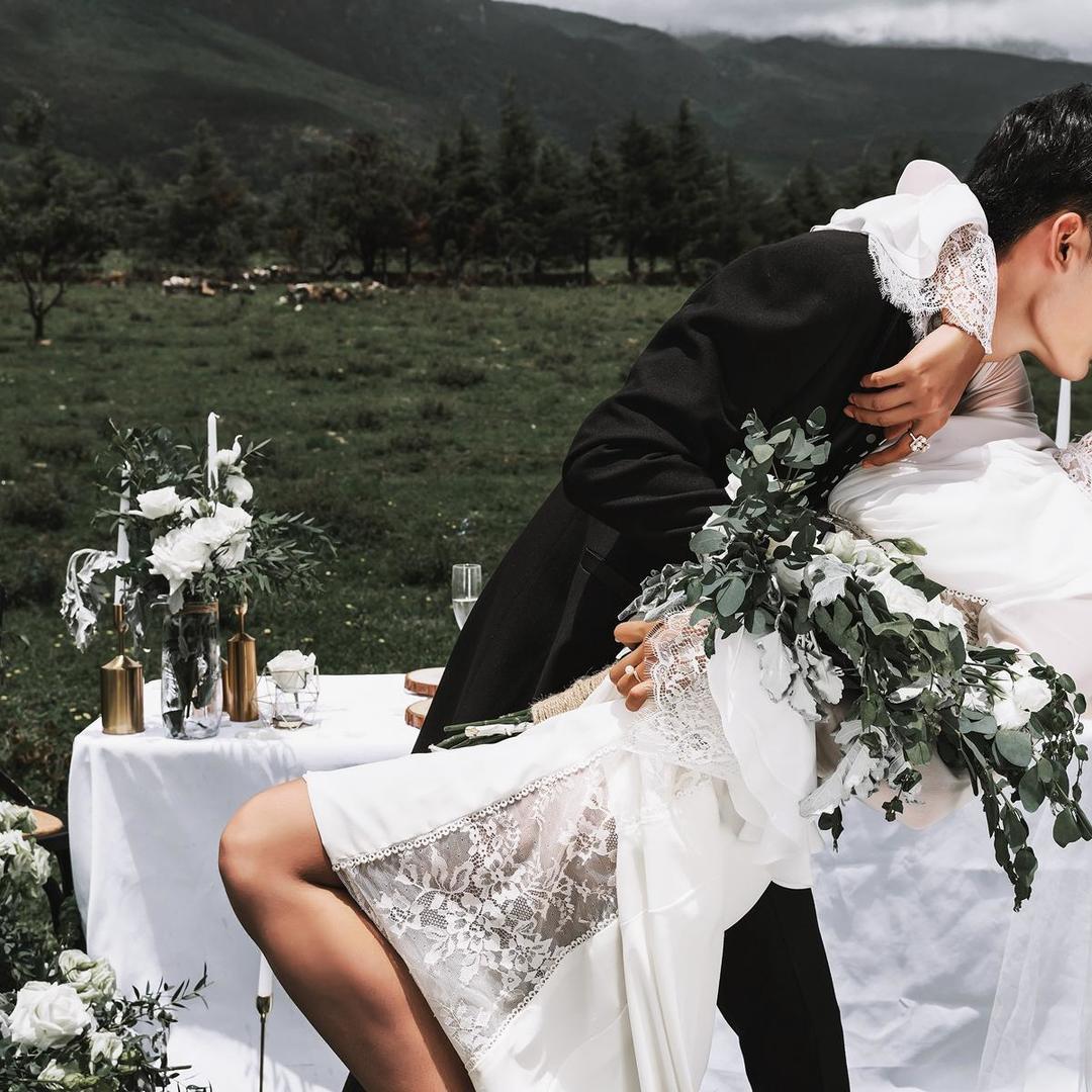 侬侬咖婚纱摄影 | 多重优惠 双内景 送底片
