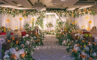 【云端婚礼】几十种风格 一个价格 8999含人员