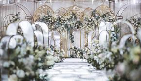 【花小姐】INS风梦幻城堡浪漫花园婚礼
