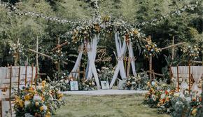 温度婚礼:夏日户外森系白桦木