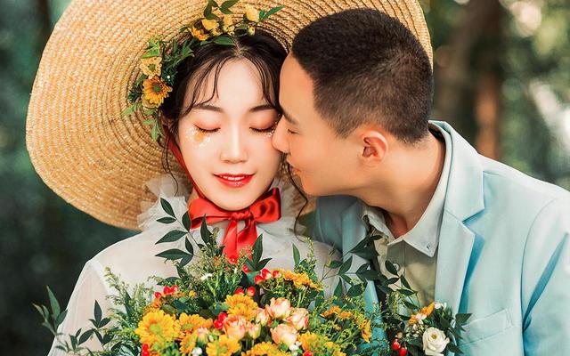 出境客人:张先生&覃女士7月2日客照欣赏