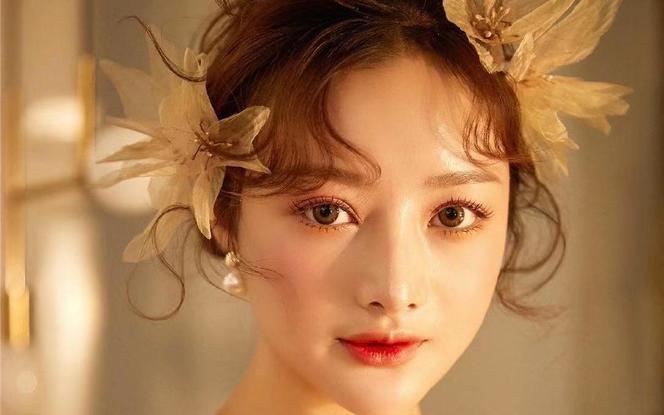 黄金档期首席团队全天跟妆 首席化妆师+副画