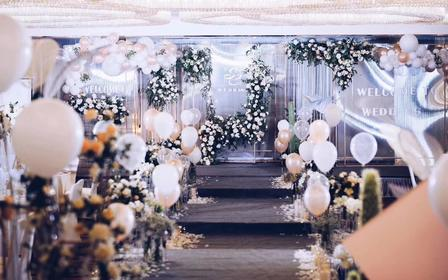 镜面|厝边头尾·多维元素空间系礼高端婚礼定制布置