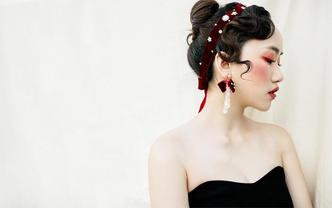 六月造型-资深化妆师全天跟妆 送亲友妆