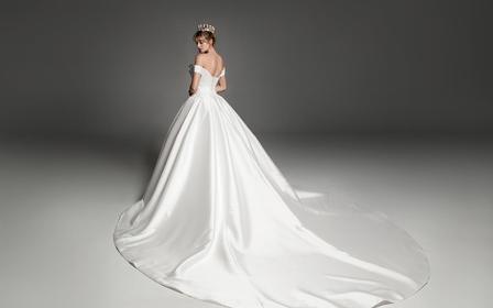 【AK婚纱】胸前立体裁剪呈现上身空间立体感,精致