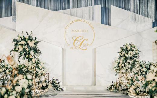 谧 | 简约造型感婚礼现场