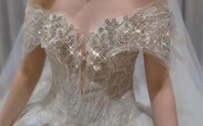 [国际奢华]品牌婚纱高定系列+新婚大礼包