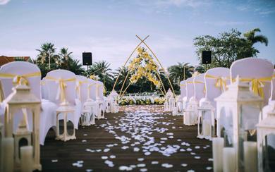户外草坪主题婚礼《春意》 喜洋洋婚礼策划