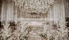 手牵手婚礼   香槟白梦幻大气婚礼
