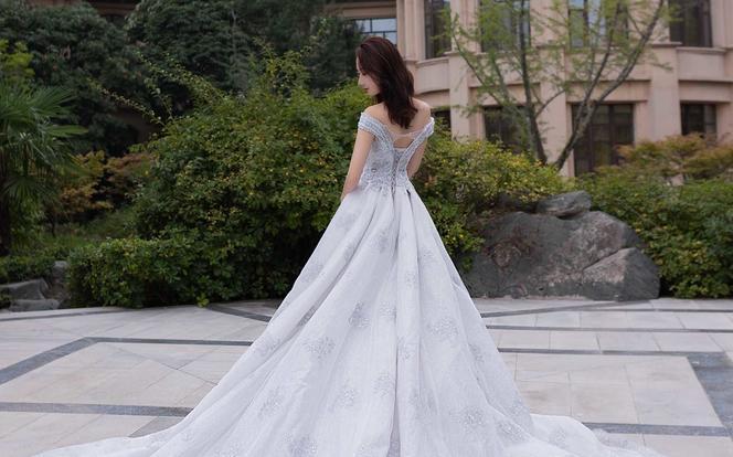 【帝安娜】| 2019新款仪式感婚纱