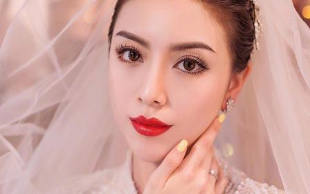 【女神必选】总监档全天跟妆 赠送新娘面部精油护理