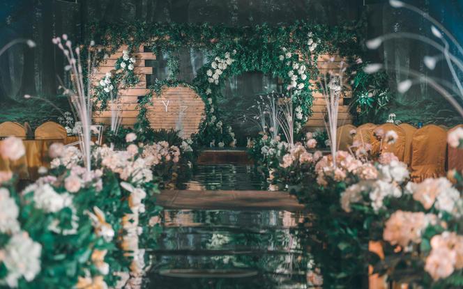 【玫瑰之约婚礼】暖阳主题婚礼