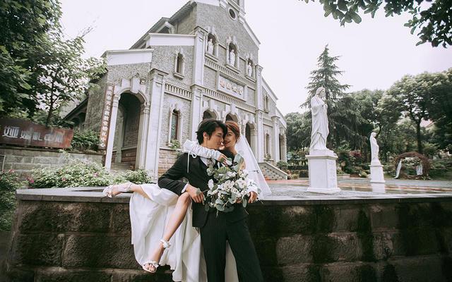 【重庆样片】教堂婚礼--轻奢复古风