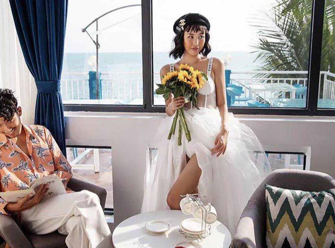酒店住宿+机票补贴+全新婚纱
