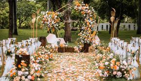 小预算户外婚礼-送精致甜品台